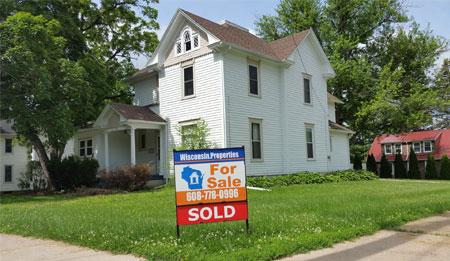 580 N Court St, Platteville Wi 53818, Buyers & Sellers Broker