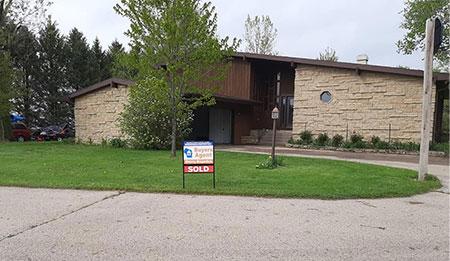2055 Maple Ridge Rd Platteville WI 53818 - SOLD, Buyer & Seller's Agent